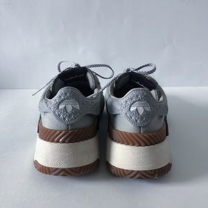 Alexander Wang Shoes - Alexander Wang turnout trainer
